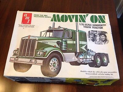 1/25 AMT KENWORTH Movin' On Semi Truck Model Kit