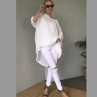 KL433 Top in White by KIIK LUXE*