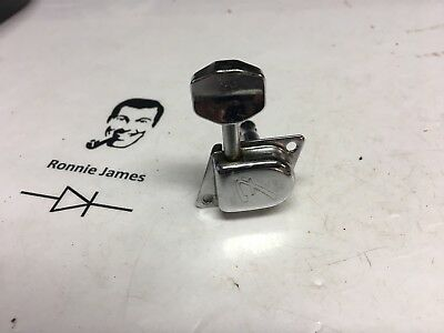 Single 1977 Fender Stratocaster Chrome F Logo Tuner Tuning Machine Key Peg Head