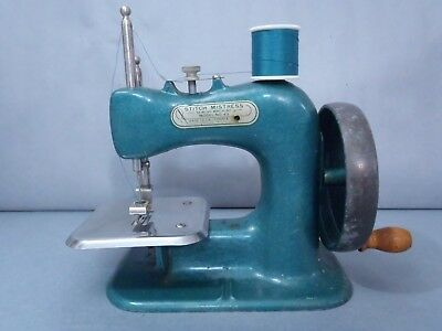 VOGUE STITCH SEWING Machine Vintage Model 40 4040 PicClick Extraordinary Vogue Stitch Sewing Machine Manual