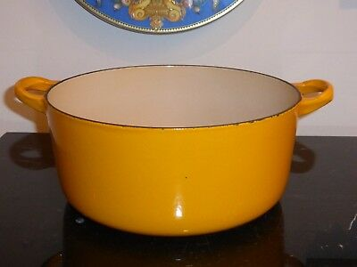 "Le Creuset Yellow Orange ""e"" 4.5 Qts Round Dutch Oven Cast Iron"