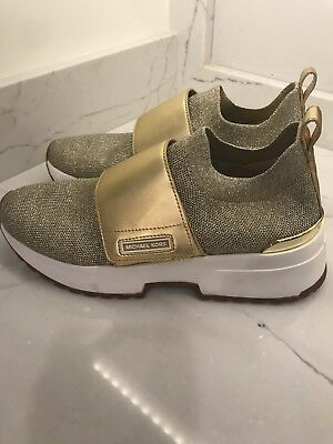 14cebb3ea339 MICHAEL MICHAEL KORS Cosmo Knit Slip-On Sneakers Size 7.5 M -  40.00 ...