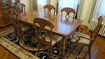 Vintage Dining Room Table Chairs Set High Quality Solid Wood Reduced to Sell!!