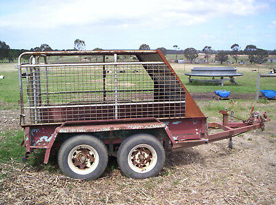 Farm  Tandem Trailer and Stock Crate