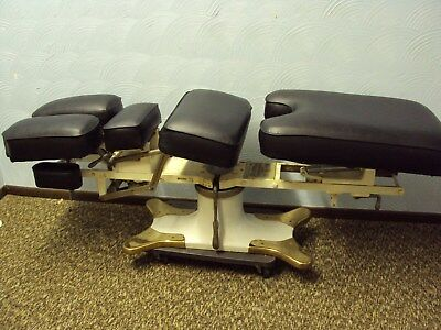 McManis Osteopathic/Chiropractic Table Black