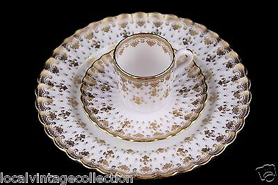 "Spode Fine Bone China England Y8063 ""Fleur De Lys"" Gold - 3 Piece Setting"