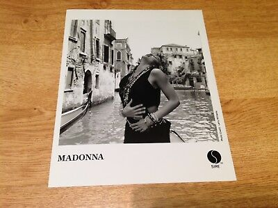 Madonna - Ultra RARE Sire 1985 ORIG PROMO PHOTO virgin video on gondola POSE