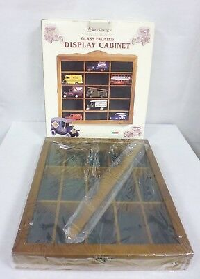 Berkertex Glass Front Display Cabinet For Model Car (Cars Not Included) -Cha