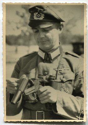 German Wwii Photo From Archive: Wehrmacht Officer With Flare Gun - Signal Pistol