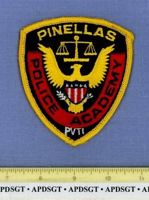 PINELLAS POLICE ACADEMY FLORIDA FL Sheriff School Campus Police Patch GOLD EAGLE