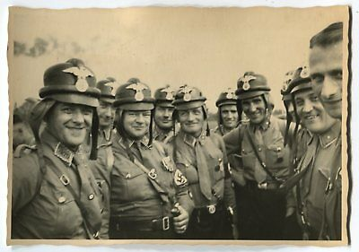 German Wwii Archive Photo: Group Of Men In Uniforms
