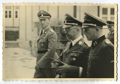 German Wwii Archive Photo: Group Of Elite Troops Officer