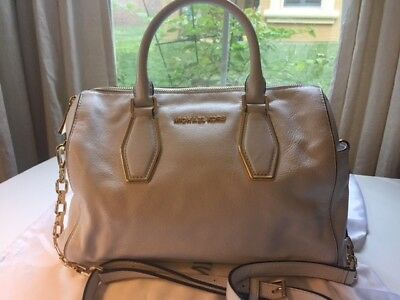 20f2a0b5c59a Michael Kors Vanessa Optic White Leather Medium Chain Satchel Excellent  Conditio