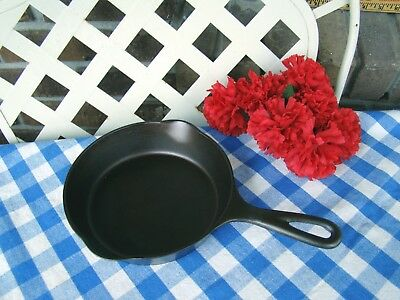Wagner Ware Sidney -O- Cast Iron Skillet - #4 with Heat Ring - #1054