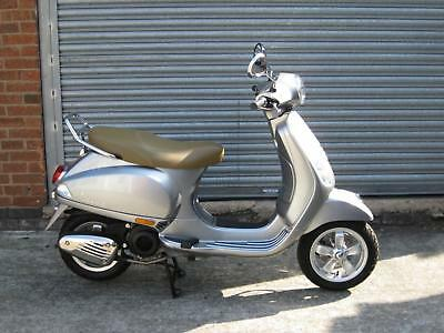 Vespa 125  brand new  FREE DELIVERY UP TO 50 MILES