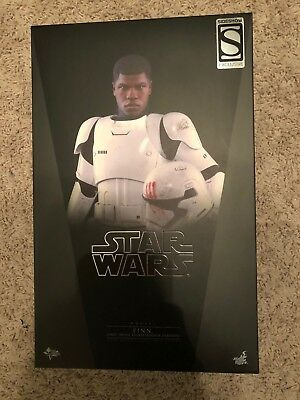 Hot Toys Star Wars Finn First Order Stormtrooper 1/6 Scale Figure MMS 367 Boyega