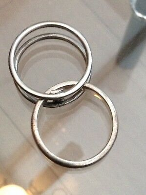 Silver Unusual Elephant Ring Middle Swings Out  (U)