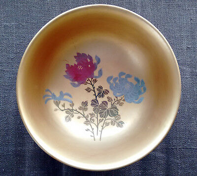 Vintage Yatsuhashi Japan Lacquer Bowl 4 5/8 inch round Red Gold Floral