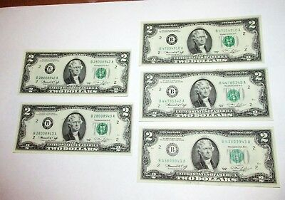 $2 Federal Reserve Notes (5)  2 consecutive serial numbers / 3 notes...12-6-25