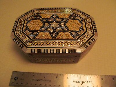 """Octagonal Egyptian Mother of Pearl Wooden Inlaid Jewelry Box 7.0"""" X 5.0"""" x 2 1/2"""