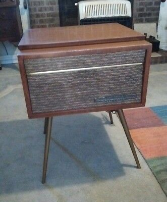 Vintage Rca Mid Century Modern Record Player 4 Speed Tube Amp For Parts /repair