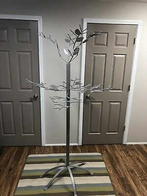Metal Tree Display Rack with 8 detachable Branches