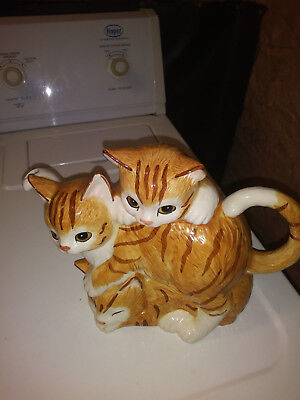 vintage ceramic kitty cat tea pot
