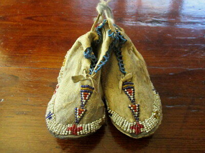 Early 20th Century NATIVE AMERICAN CHILD'S BEADED MOCCASINS