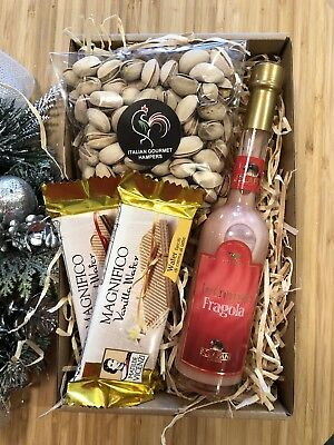 New Italian Strawberry Liquor Gift Hamper