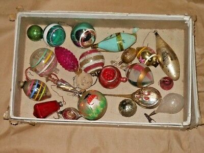 VINTAGE LOT OF MORE THAN 20 OLD CHRISTMAS ORNAMENTS - early 1900s