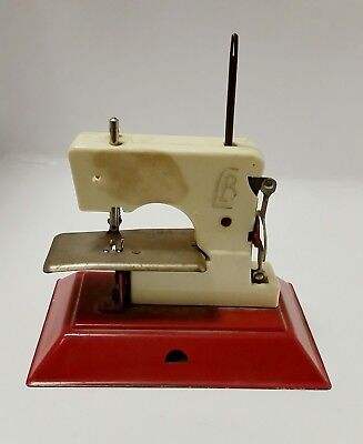 Old Toy Sewing Machine - not working