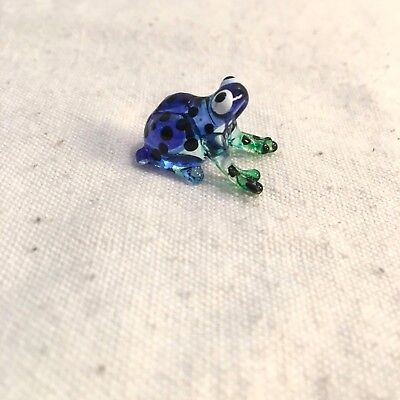 Frog Hand Blown Glass Animal Figurine Art  Miniature Collectible Lampwork
