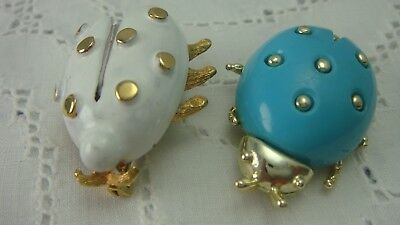 Vintage Pair Of Turquoise Resin White Enamel Gold Tone Beetle Pin Brooches