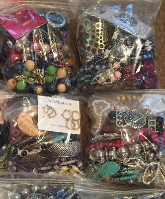 1 Jewelry Bag 28/30+ Pcs Vtg-Now NO JUNK -Wear, Resell, Crafting SHIPS FREE