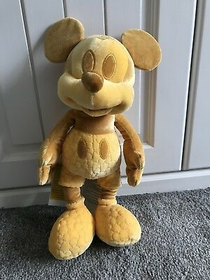 Disney Store Mickey Memories February Plush sold out limited edition rare