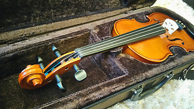 Stentor Student half 1/2 size violin with case and bow in excellent condition