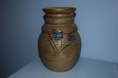 "A very rare Clarice Cliff 358 vase ""Goldstone Tulips"" pattern 1931"