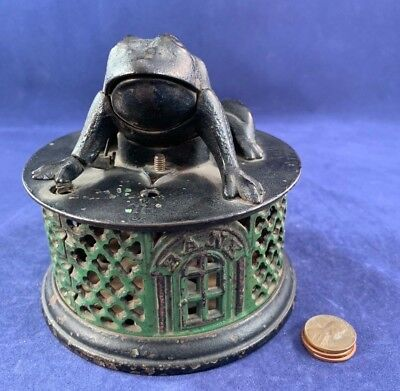 Antique Vintage Cast Iron (CI) Mechanical Bank - Frog on a Round Base
