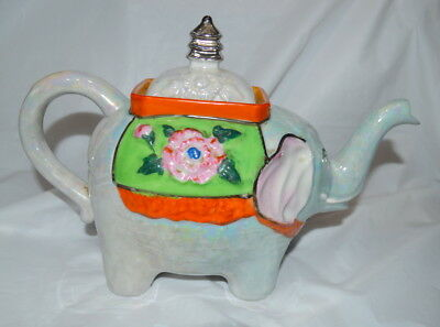 Vintage Teapot - Gold Castle Chikusa Elephant  - Made in Japan - Hand Painted