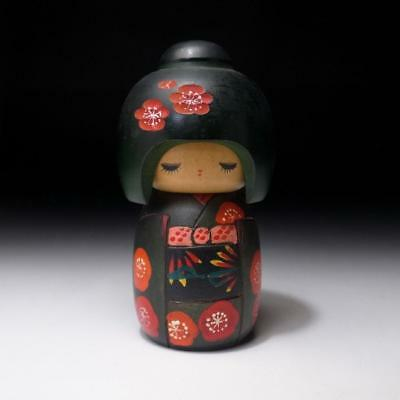 CQ9: Vintage Japanese Wooden Woman Kokeshi Doll, Height 5.1 inches