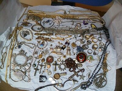 Large Job Lot mixed Vintage Jewellery,earrings rings,necklaces,bracelets ect