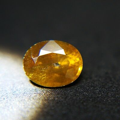 RARE!!!VERY NICE 4.11 CTS SHINING COLOR SHIFT SPHENE NATURAL GEMSTONE(Spn-1)