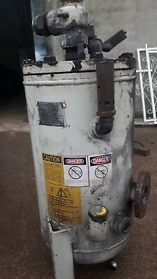 ingersoll rand  air reciever tank  with seetru value