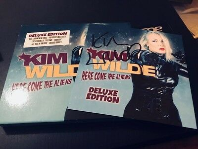 Kim Wilde-Here Come The Aliens Deluxe Edition-Autographed-Handsigned-Uk Cd Album