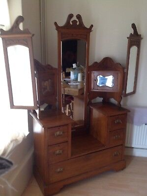 Victorian Dressing Table, Great Detail
