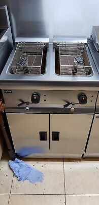Lincat Silverlink 600 Free Standing Double Commercial Electric Fryer J12