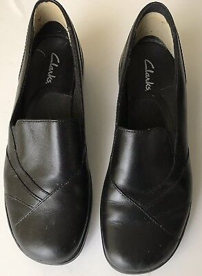 Clarks Women's 7.5 Medium Black Leather  Loafers Clogs Mules Excellent