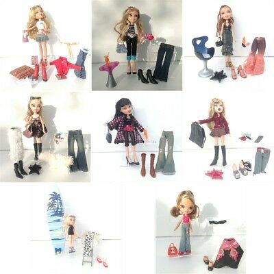 Huge Bratz 8xDolls Bundle - Extra Outfits, Boots, Shoes, Accessories & Furniture