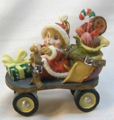 Rear Christmas Ornament Santa Mouse/Mice On Old Fashion Roller Skate Non Enesco