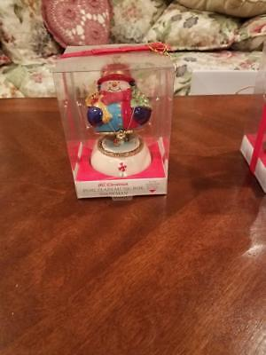 Mr Christmas Porcelain Snowman Music Box  Animated Skaters  Brand New
